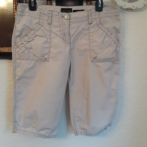 The limited Drew fit cotton shorts size 8 cream